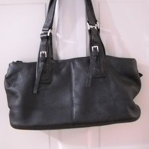 WOMEN'S NINE WEST BLACK LEATHER HAND BAG